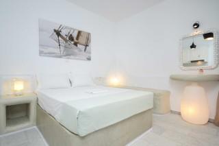 apartment diamantis studios bedroom
