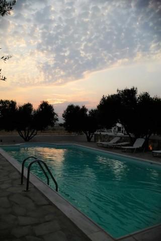 facilities diamantis studios swimming pool